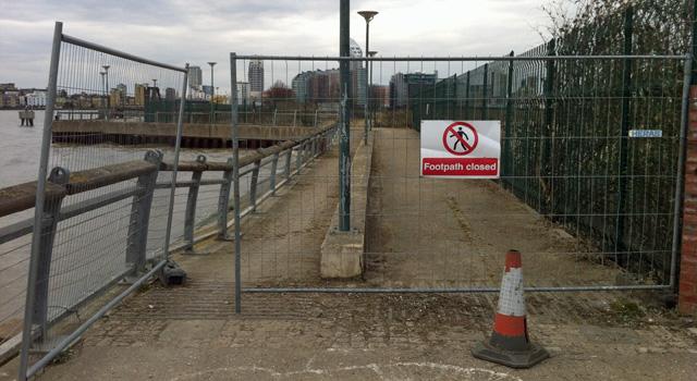 Thames Path, 31 March 2013