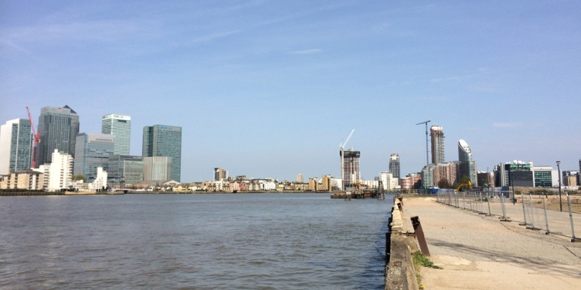 Isle of Dogs to Greenwich Peninsula: No crossing is planned here, just some ferry piers