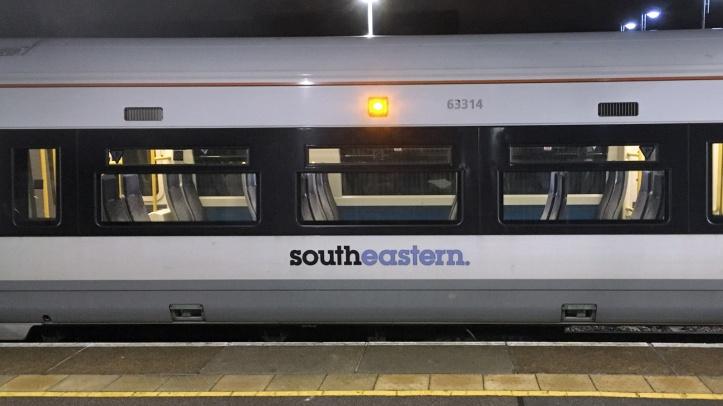 Southeastern train at Charlton station